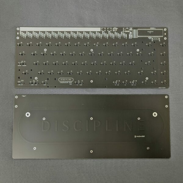 Discipline 65% Through-Hole Kit Black PCB+Plate